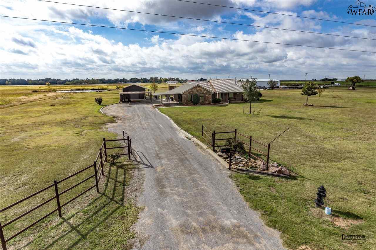 789 Gresham Road, Burkburnett, TX 76354