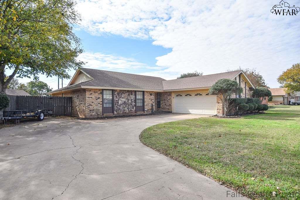 10 Archway Court, Wichita Falls, TX 76310