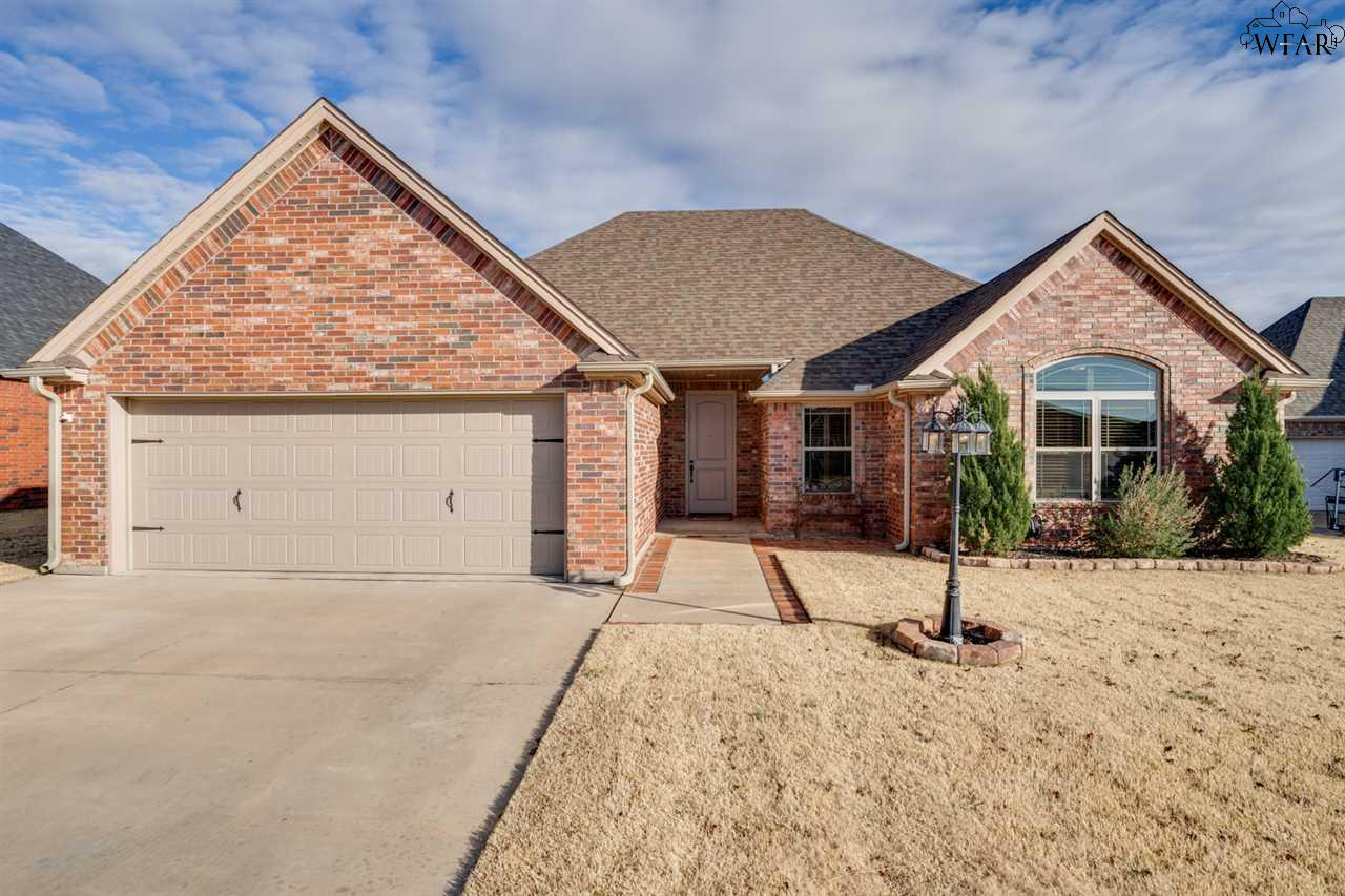 1011 Corbin Drive, Burkburnett, TX 76354