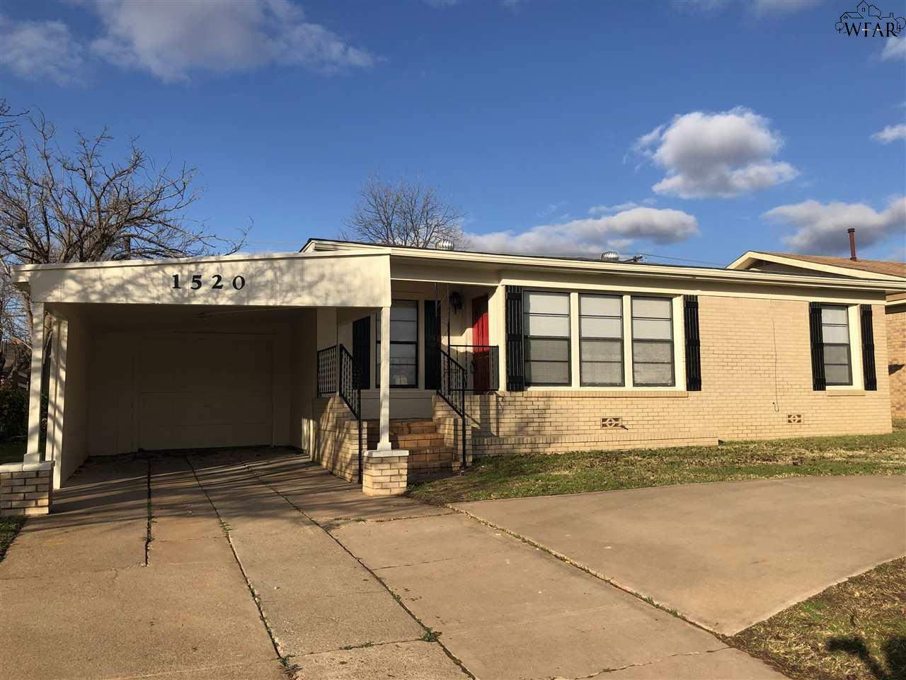 1520 Hursh Avenue, Wichita Falls, TX 76302