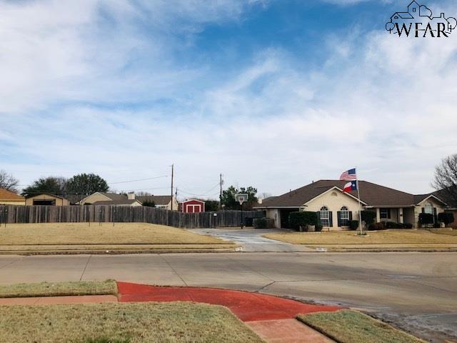 5207 Ridgecrest Drive, Wichita Falls, TX 76310