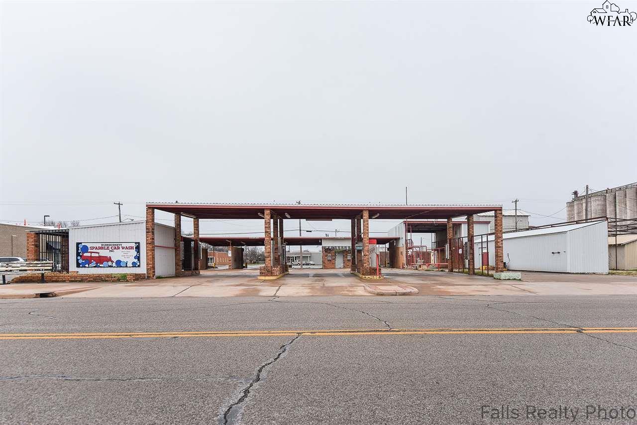 124 E 3rd Street, Burkburnett, TX 76354